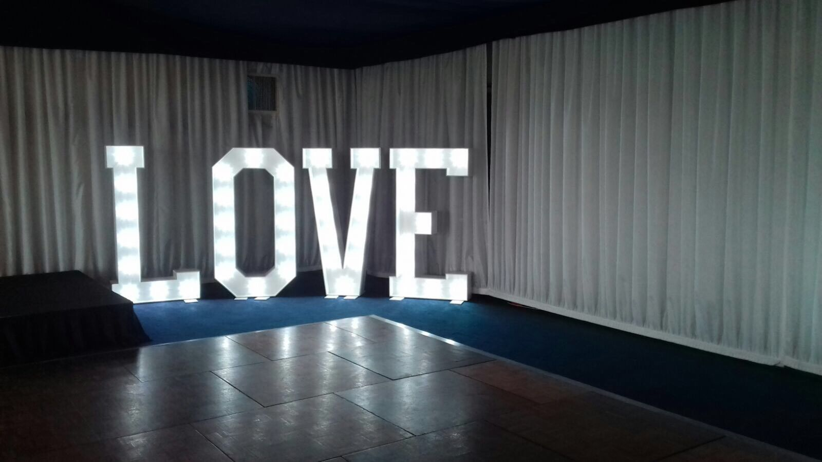 4ft Love Letters white