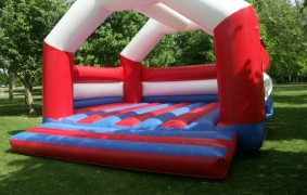 adult_bouncy_castle_small.jpg