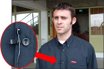 clip-on_lapel_mic_microphone.jpg